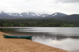 Our first glimps of the Cairngorms, only to find this amazing beach!