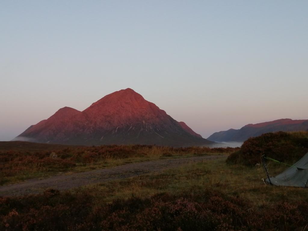 west highland way, scotland, sunrise, buachaille etive mor, sunrise glow, mountains, pathway, tent