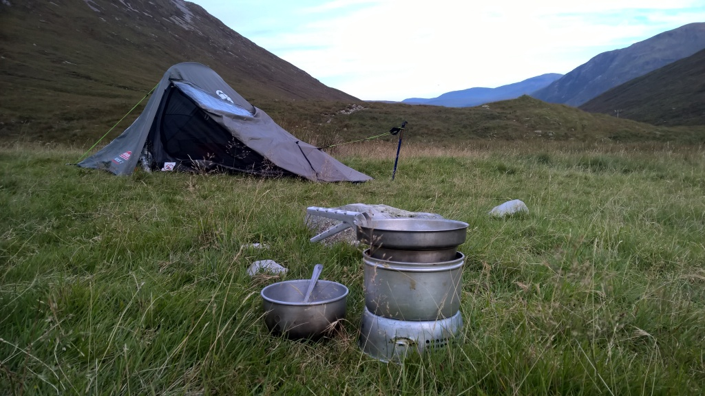 west highland way, scotland, tent, wild camping, trainger, cooking, mountains