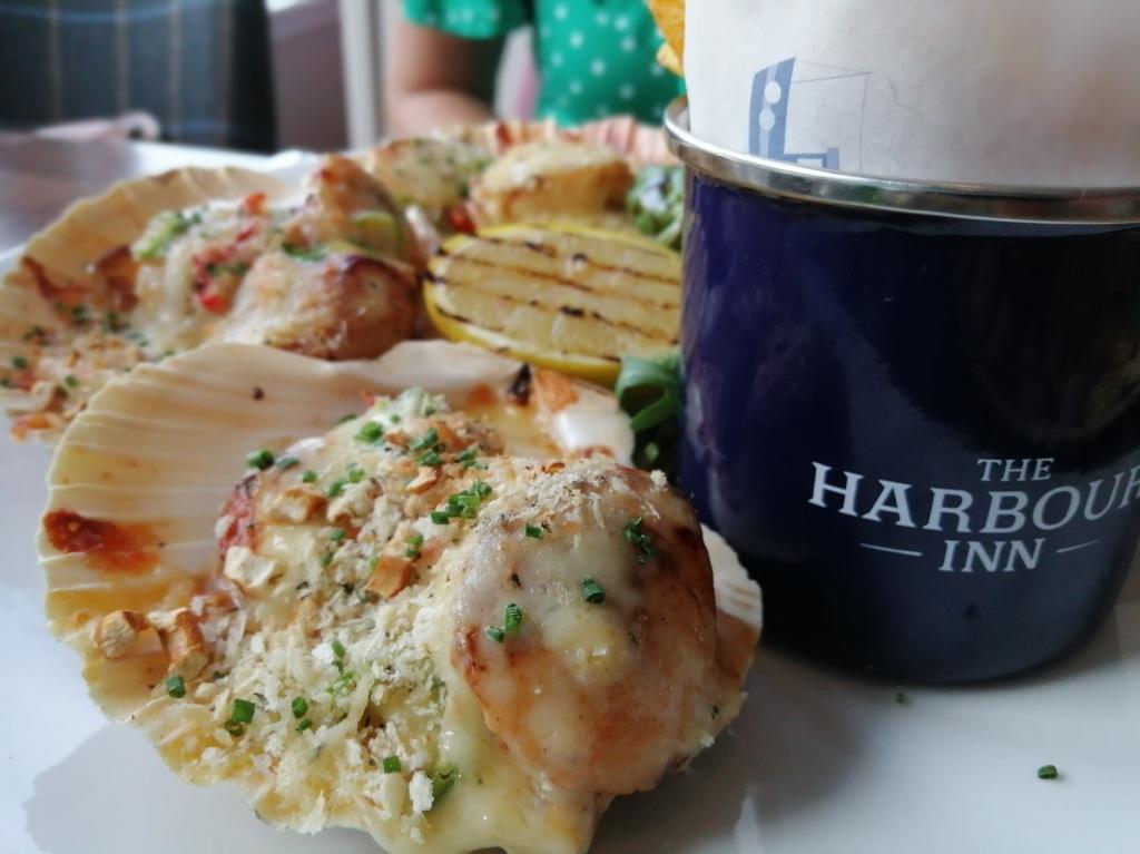 cooked scallops, shell fish, cup, lemon, islay,scotland