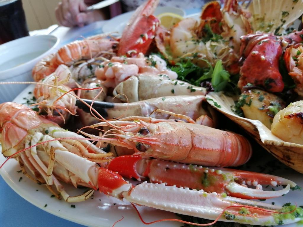 seafood platter, scallops, langoustine, prawns, seafood, crabs, islay, scotland